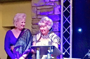paula and maureen receiving award